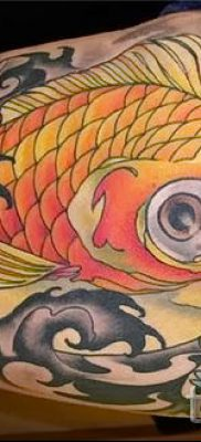 Фото тату золотая рыбка для статьи про значение рисунка татуировки – tatufoto.ru – 34