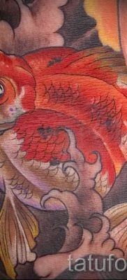 Фото тату золотая рыбка для статьи про значение рисунка татуировки – tatufoto.ru – 35
