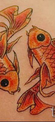Фото тату золотая рыбка для статьи про значение рисунка татуировки – tatufoto.ru – 42