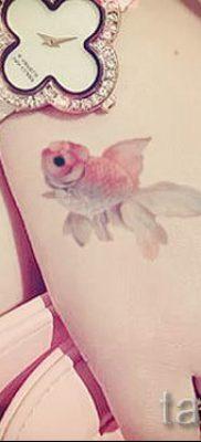 Фото тату золотая рыбка для статьи про значение рисунка татуировки – tatufoto.ru – 46