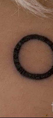 Фото тату круг для статьи про значение татуировки с кругом – tatufoto.ru – 12