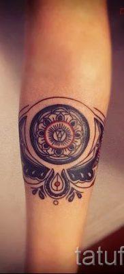 Фото тату круг для статьи про значение татуировки с кругом – tatufoto.ru – 19
