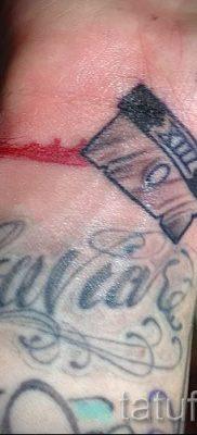 Фото тату лезвие – примеры для статьи про значение лезвия в тату – tatufoto.ru – 10