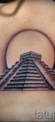 Фото тату пирамида для статьи про значение татуировки с пирамидой – tatufoto.ru – 7