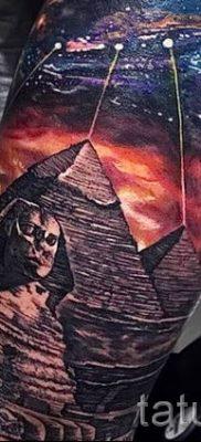 Фото тату пирамида для статьи про значение татуировки с пирамидой – tatufoto.ru – 35