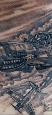 Фото тату самолет для статьи про значение татуировки с самолет – tatufoto.ru – 25