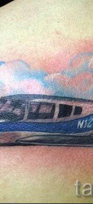 Фото тату самолет для статьи про значение татуировки с самолет – tatufoto.ru – 45