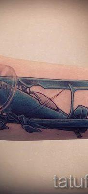Фото тату самолет для статьи про значение татуировки с самолет – tatufoto.ru – 53