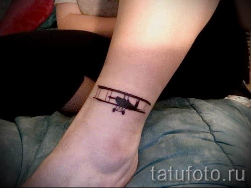 Фото тату самолет для статьи про значение татуировки с самолет - tatufoto.ru - 60