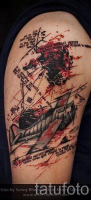 Фото тату самолет для статьи про значение татуировки с самолет – tatufoto.ru – 64