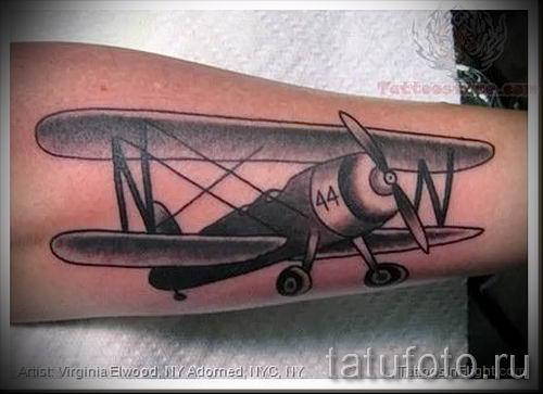 Фото тату самолет для статьи про значение татуировки с самолет - tatufoto.ru - 67