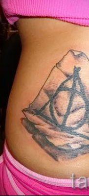 Фото тату тату дары смерти для статьи про значение рисунка татуировки – tatufoto.ru – 10