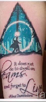 Фото тату тату дары смерти для статьи про значение рисунка татуировки – tatufoto.ru – 47