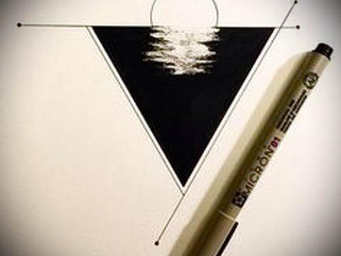 Эскиз для татуировки с треугольником - интересный вариант - tatufoto.ru - 7