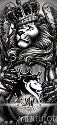тату лев с короной – фото для статьи про значение татуировки  – tatufoto.ru – 4