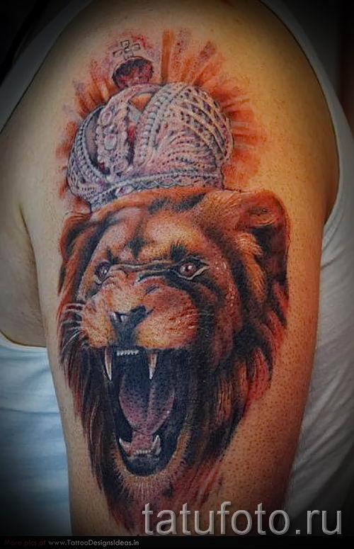 тату лев с короной - фото для статьи про значение татуировки - tatufoto.ru - 15