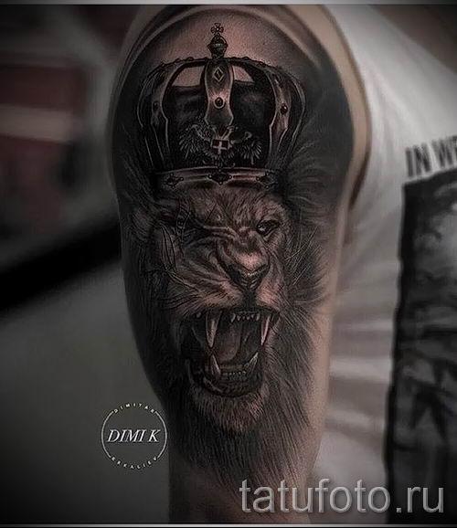 тату лев с короной - фото для статьи про значение татуировки - tatufoto.ru - 42