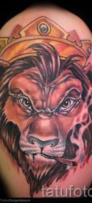 тату лев с короной – фото для статьи про значение татуировки  – tatufoto.ru – 57