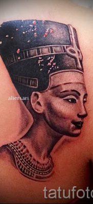 фото классной готовой тату Нефертити для статьи про значение 2