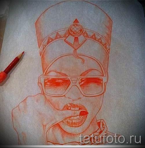 фото классной готовой тату Нефертити для статьи про значение 7