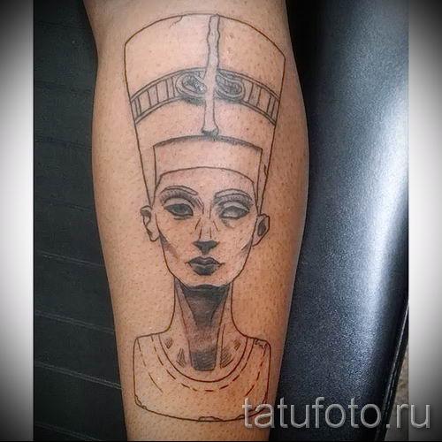 фото классной готовой тату Нефертити для статьи про значение 9
