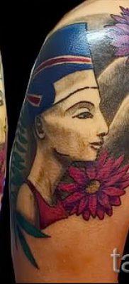 фото классной готовой тату Нефертити для статьи про значение 15