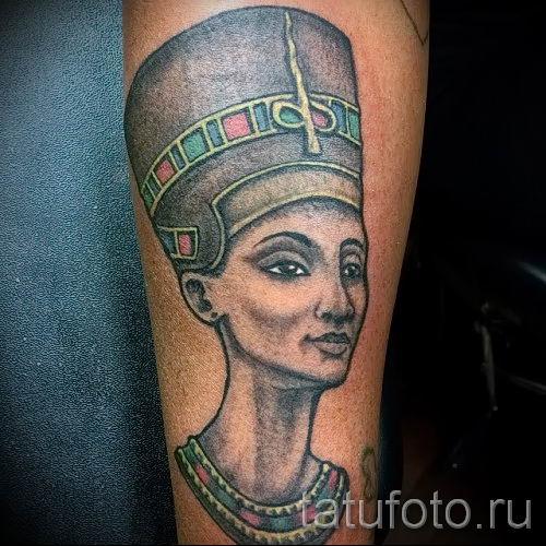 фото классной готовой тату Нефертити для статьи про значение 30