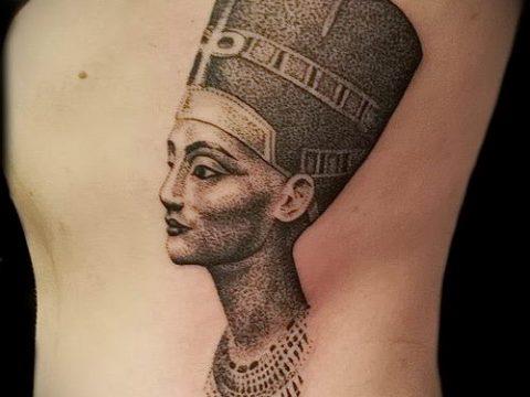 фото классной готовой тату Нефертити для статьи про значение 35