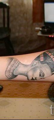 фото классной готовой тату Нефертити для статьи про значение 38