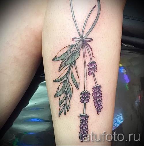 фото пример тату лаванда для статьи про значение этой татуировки 6