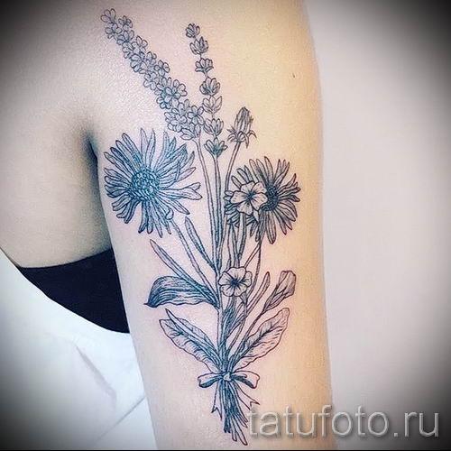 фото пример тату лаванда для статьи про значение этой татуировки 29