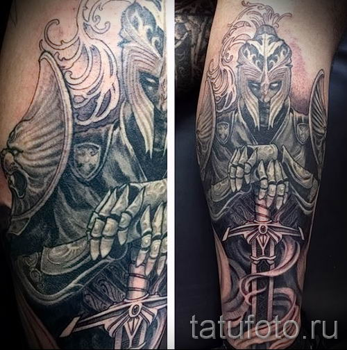 фото пример тату меч - картинка для статьи про значение татуировки 29