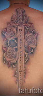 фото пример тату меч – картинка для статьи про значение татуировки 36