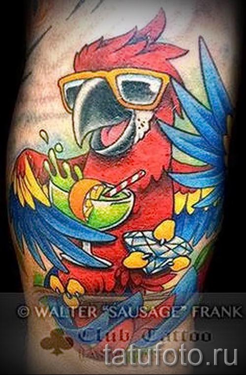 фото пример тату попугай для статьи про значение тату с попугаем - 5