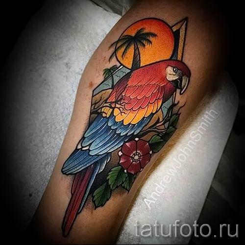 фото пример тату попугай для статьи про значение тату с попугаем - 40