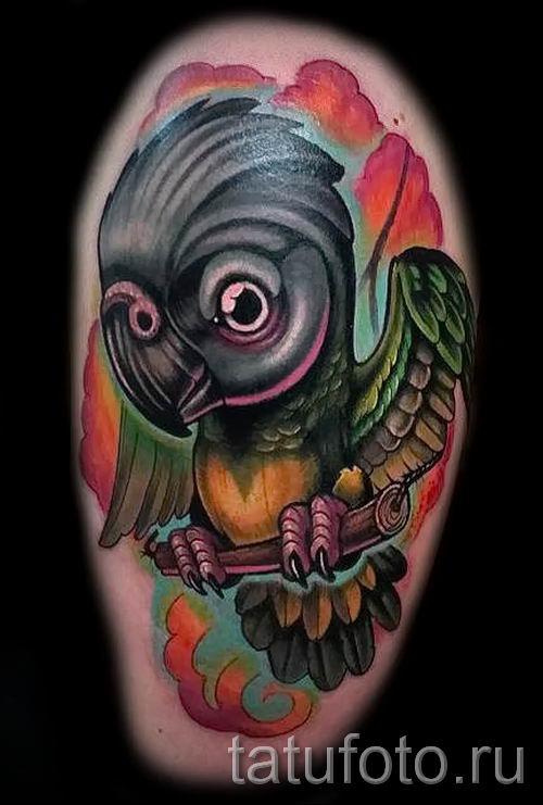 фото пример тату попугай для статьи про значение тату с попугаем - 50