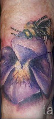фото татуировки фиалка для статьи про значение тату фиалка – tatufoto.ru – 8
