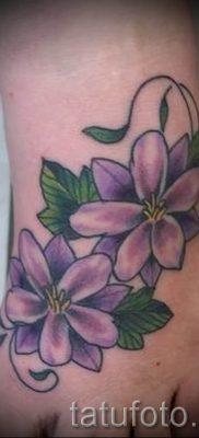 фото татуировки фиалка для статьи про значение тату фиалка – tatufoto.ru – 14