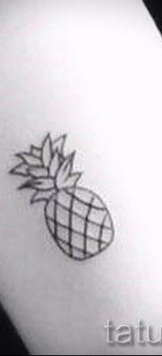 фото тату ананас для статьи про значение татуировки с ананасом – tatufoto.ru – 1