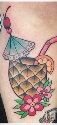 фото тату ананас для статьи про значение татуировки с ананасом – tatufoto.ru – 2