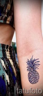 фото тату ананас для статьи про значение татуировки с ананасом – tatufoto.ru – 6