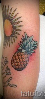 фото тату ананас для статьи про значение татуировки с ананасом – tatufoto.ru – 10