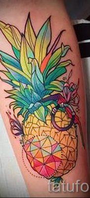 фото тату ананас для статьи про значение татуировки с ананасом – tatufoto.ru – 21