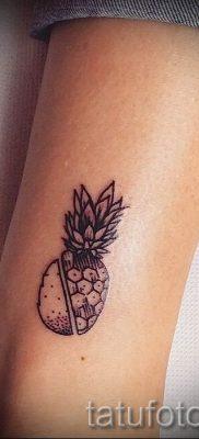 фото тату ананас для статьи про значение татуировки с ананасом – tatufoto.ru – 27