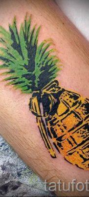 фото тату ананас для статьи про значение татуировки с ананасом – tatufoto.ru – 30
