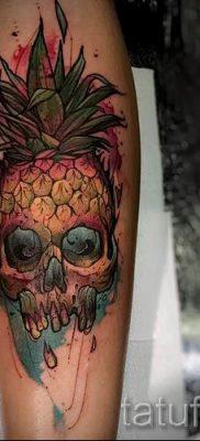 фото тату ананас для статьи про значение татуировки с ананасом – tatufoto.ru – 31