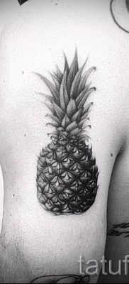 фото тату ананас для статьи про значение татуировки с ананасом – tatufoto.ru – 40