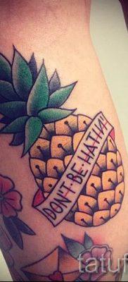 фото тату ананас для статьи про значение татуировки с ананасом – tatufoto.ru – 44