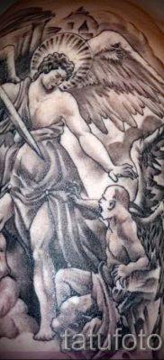фото тату ангел и демон для статьи про значение рисунка татуировки – tatufoto.ru – 23