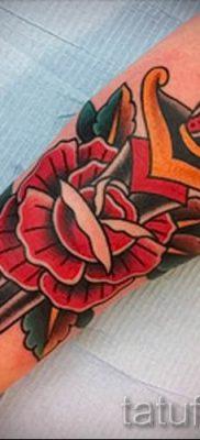 фото тату кинжал и роза пример для статьи про значение татуировки – tatufoto.ru – 45